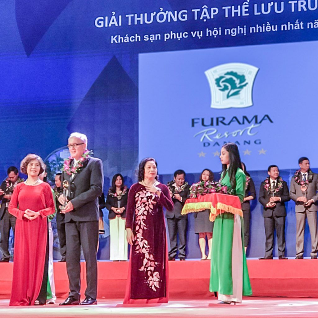 "Furama Resort Da Nang Honoured With ""The Most Popular M.I.C.E resort"" Award By Vietnam Tourism Association (VITA)"