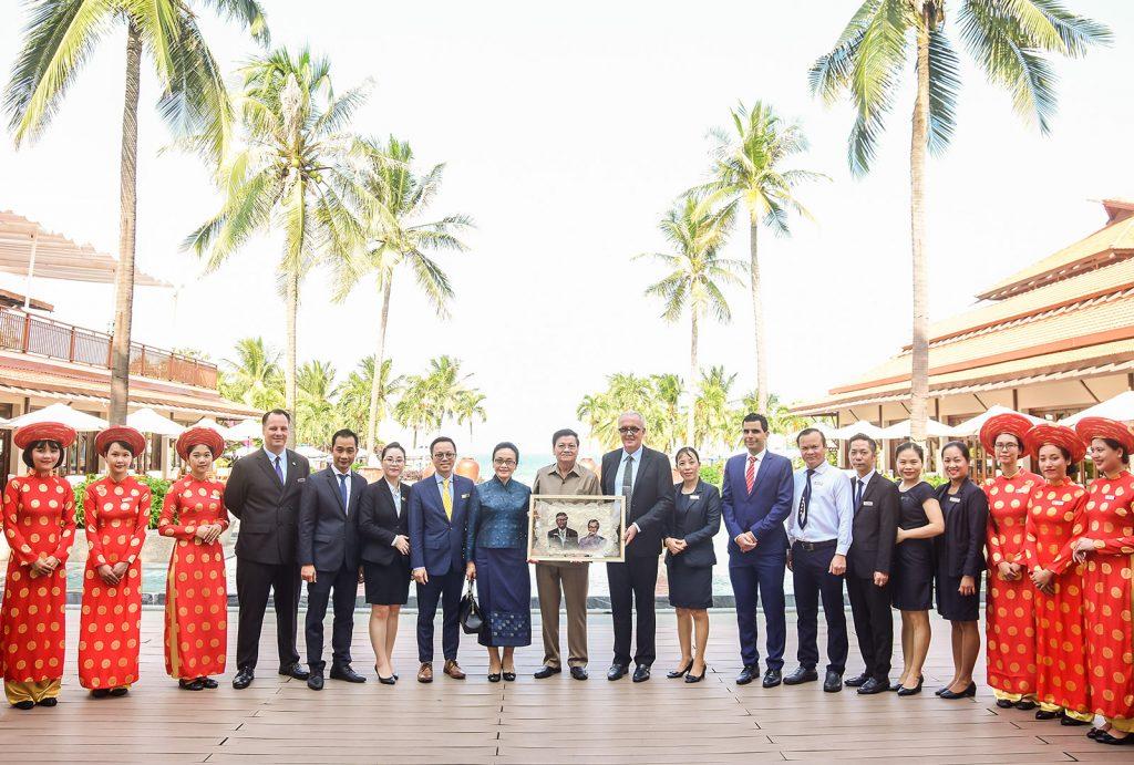 Lao Prime Minister Visits Danang